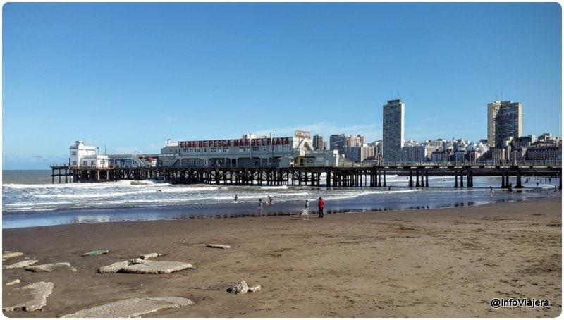 Mar_del_Plata_Escollera_Pescadores