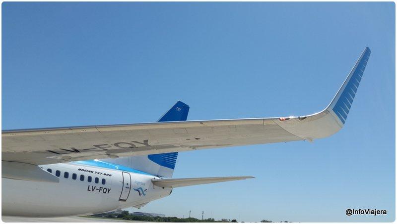 AR_Boeing_737-800_LV-FQY_Parte_Trasera_Ala