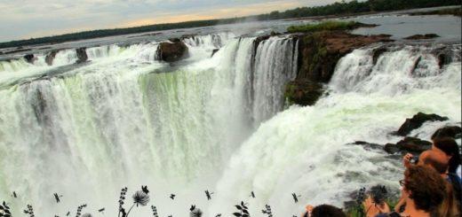 Puerto_Iguazu_Cataratas_Garganta_del_Diablo