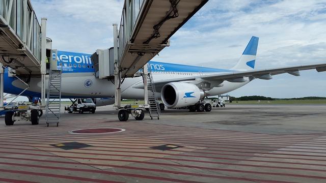 Resultado de imagen para aerolineas argentinas cancelacion vuelos