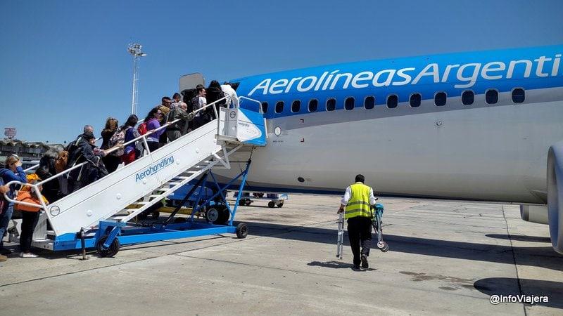 Avion_Aerolineas_Argentinas_Vuelo_Cabotaje_Embarque