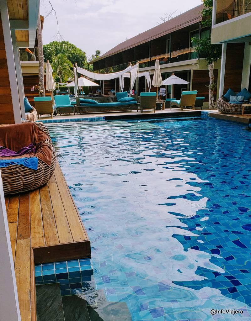 Tailandia, Isla Koh Lipe, Piscina con acceso desde la habitación